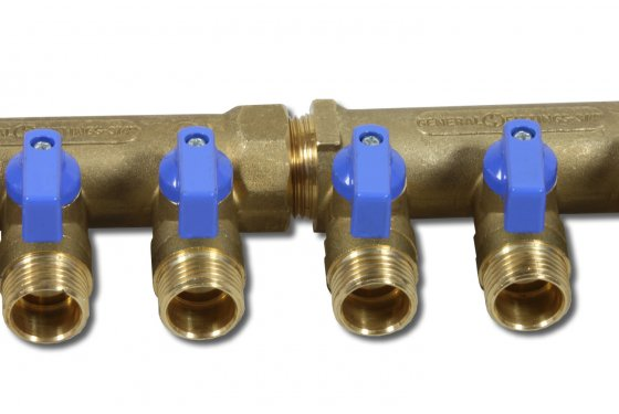 3/4 manifold with 2x 1/2 ball valve